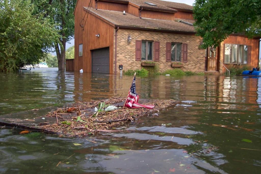 Hurricane_Isabel_flood_damage_Maryland